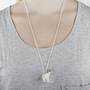 Vit Kanin Halsband